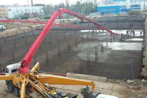Как правильно заливать фундамент бетононасосом